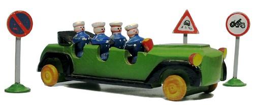 Lichtenberger (forse) Polizei Mannschaftswagen