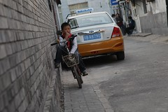 "Chinese biker up against the wall • <a style=""font-size:0.8em;"" href=""http://www.flickr.com/photos/63389963@N08/10308887746/"" target=""_blank"">View on Flickr</a>"