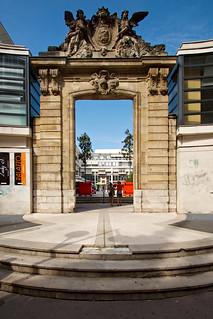 Porte rue Saint-Lô