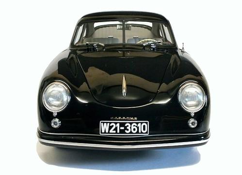 AutoArt Porsche 356 ant.