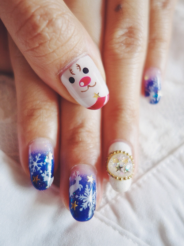 Christmas Nails Snowflakes