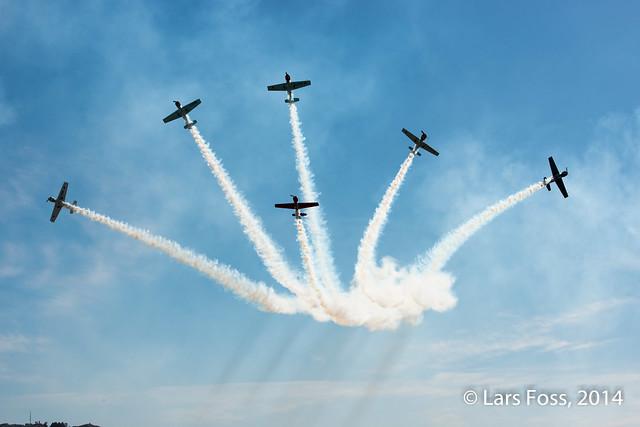 Aerostars with their Yak's