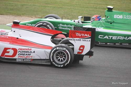 Takuya Izawa and Alexander Rossi in qualifying in GP2 at the 2014 British Grand Prix