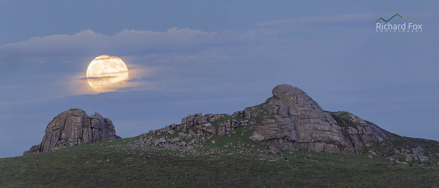 Haytor Moonrise