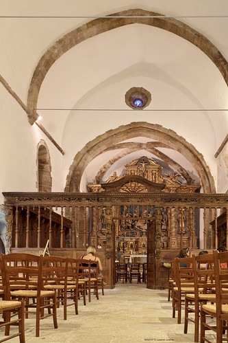 Chapelle Ste Roseline 01