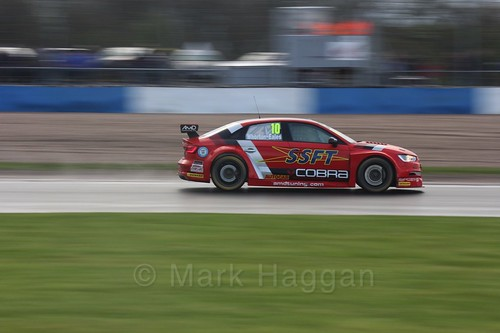 Ant Whorton-Eales in race three at the British Touring Car Championship 2017 at Donington Park