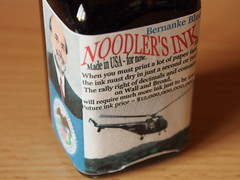 Noodler's Bernanke Blue - Close Up