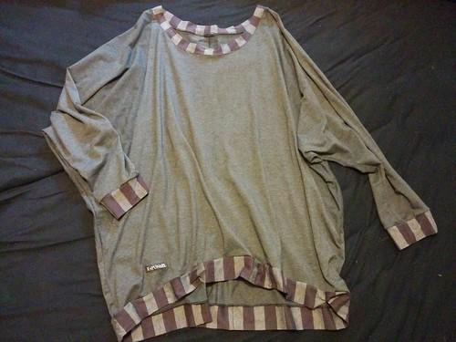 "Fledermaus T-Shirt grau • <a style=""font-size:0.8em;"" href=""http://www.flickr.com/photos/92578240@N08/15329263218/"" target=""_blank"">View on Flickr</a>"