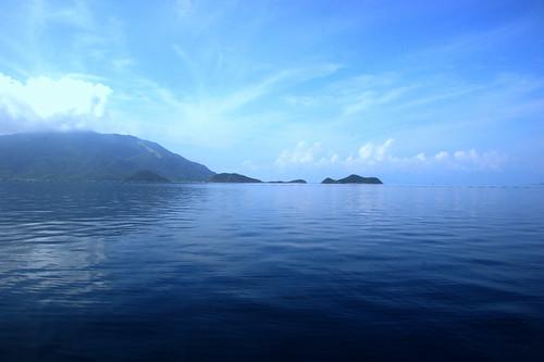 Blue sky and blue oscen