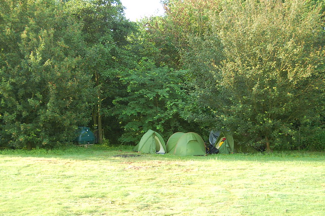 Camping in Huntingdon Country Park