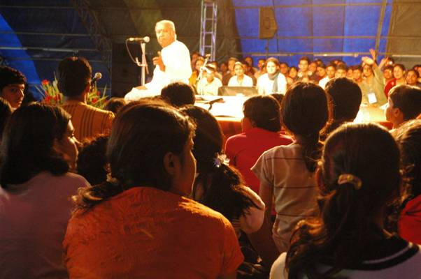 Hariji interacting with children at Kohima convention of SPIC MACAY