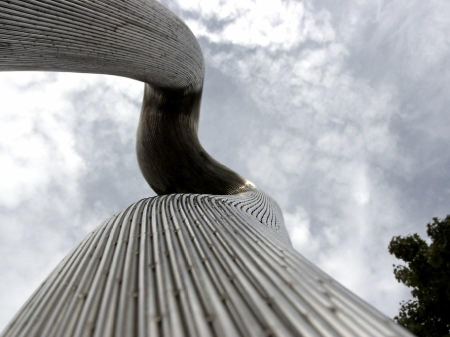 Hannover voor kunstliefhebbers, Skulpturenmeile, foto door Jens Luedicke   Standort Hamburg