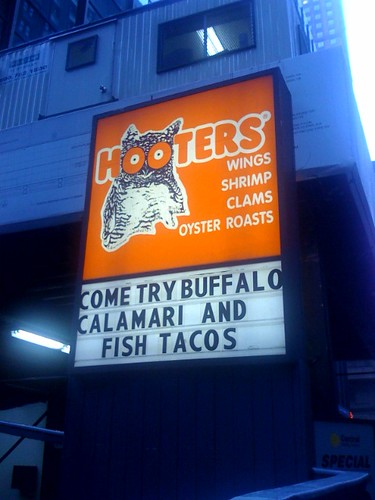 hooters fish tacos