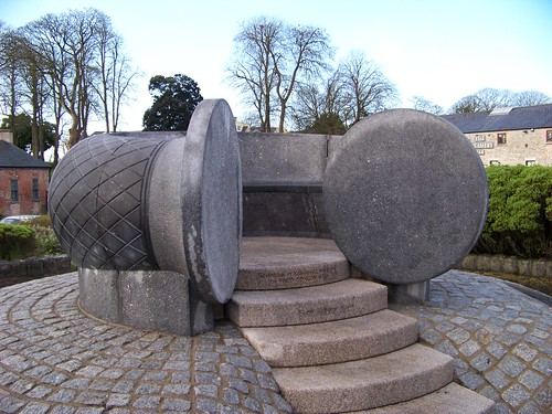 Torc sculpture in Bunratty