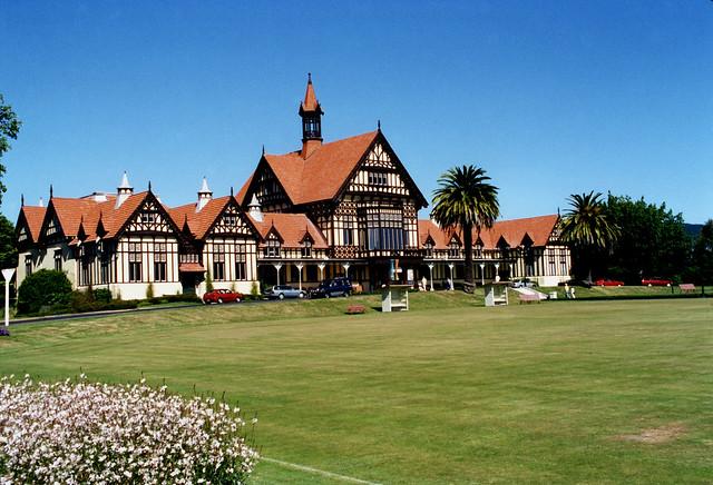 2000 New Zealand 19