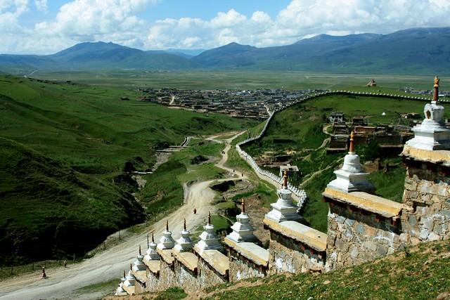 La plaine de Lithang vue depuis le monastère © Wen-Yang King