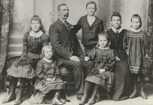 Family of Joseph and Mary Baggs