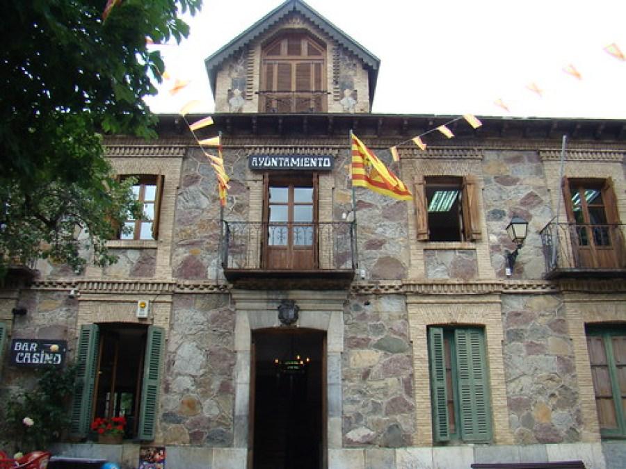 Sallent de Gallego-Ayuntamiento-Pirineo Aragones Huesca 17