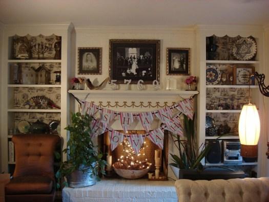 L'Shana Tovah Banner and Rosh Hashanah Decorations