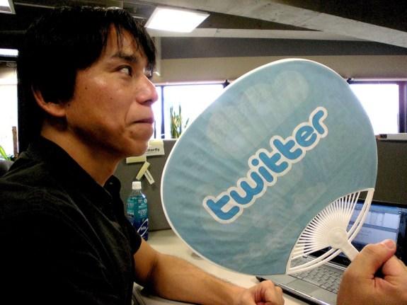 twitter linkedin split