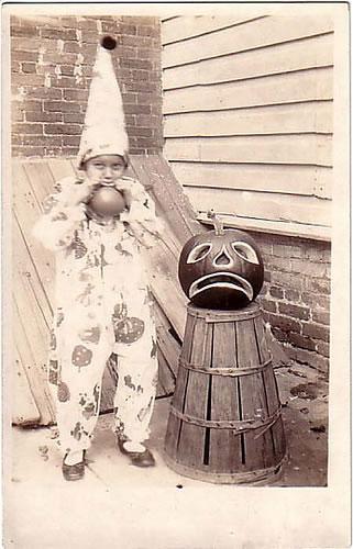 81 Vintage Halloween Clown