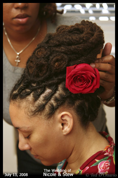 How To Style Your Dreads On Your Wedding Day Offbeat Bride