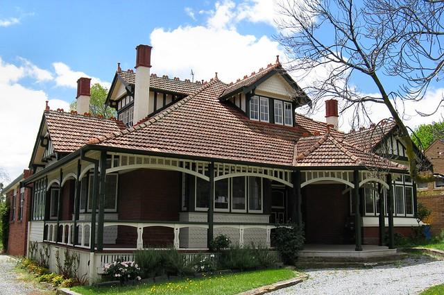 Kew Architecture by Dean-Melbourne