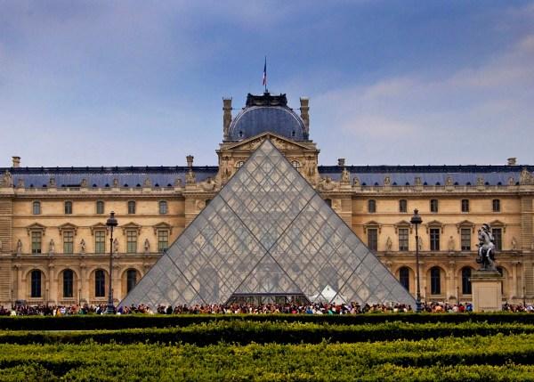 Rita Crane France Paris Louvre . Pei