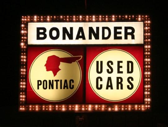 Bonander Pontiac - Turlock, California U.S.A. - November 8, 2008