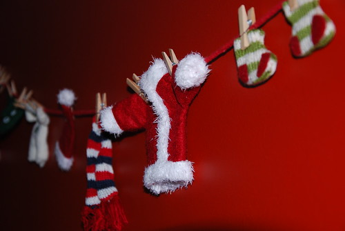 santa's clothes garland