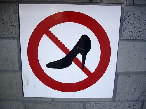 no high heels sign