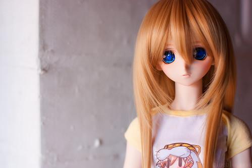 Shizuko in Moekana shirt by Murasaki.me by bluebluewave