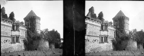 Château, tour des Archives, Assier, Lot