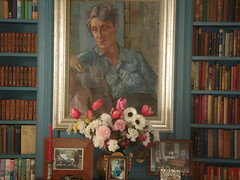 Photo of interior of Ngaio Marsh's house