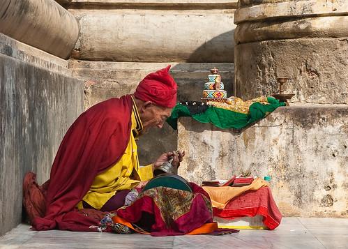 Tibetan Monk Chanting