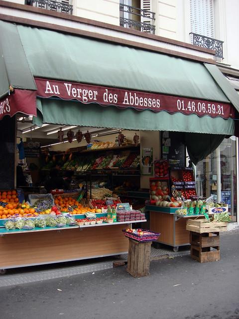 (Rue des Abbesses - Paris)