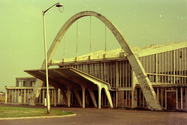 Renfrew Airport Terminal prior to demolish 1974 2