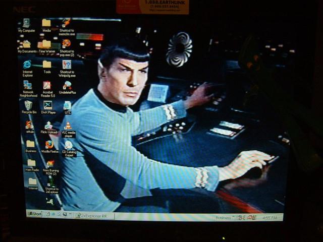 Cute Cat Images For Wallpaper Spock Controls Star Trek Wallpaper Spock Mans The
