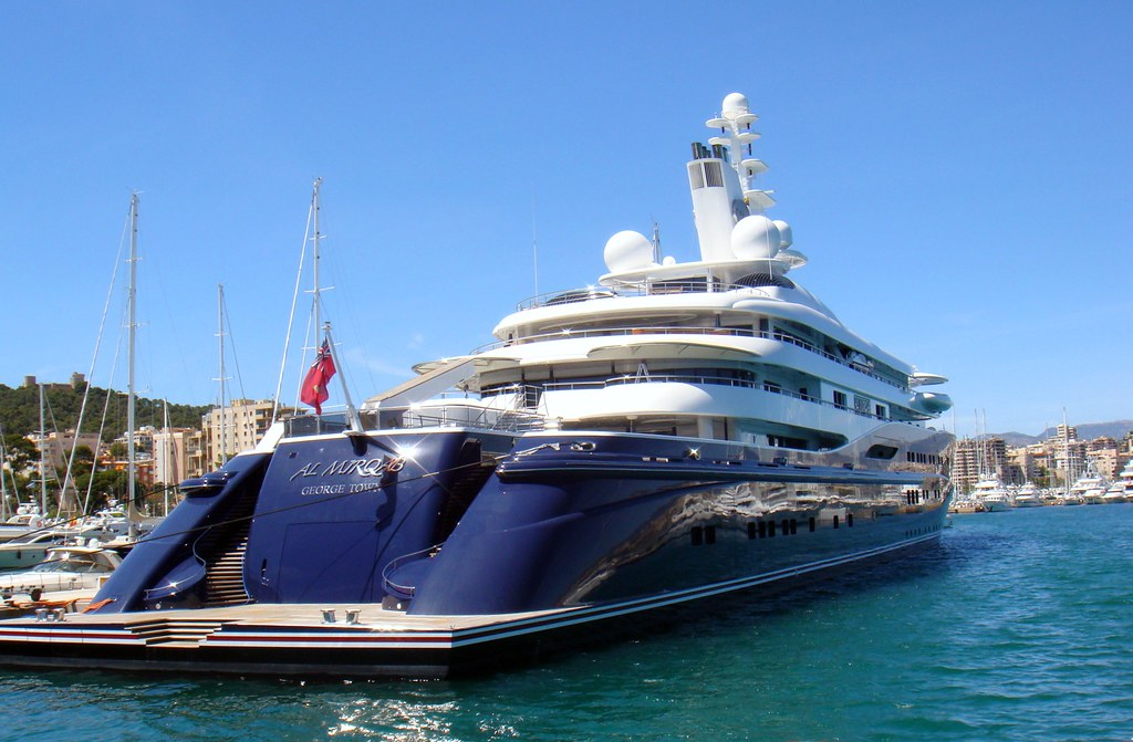 Fluidr Yacht Al Mirqab 133m 436ft By AndyBB