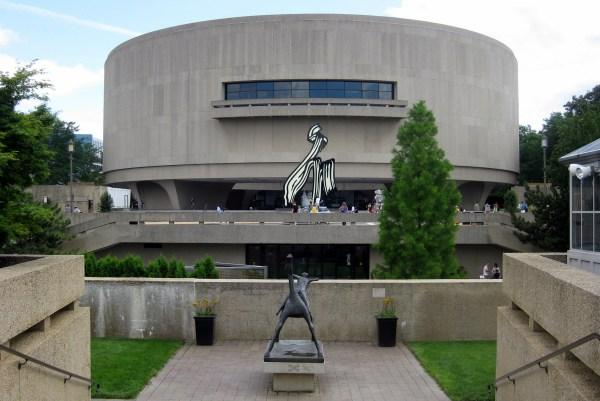 Washington Dc - Hirshorn Museum And Sculpture Garden Sharing