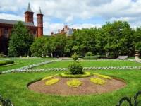 Enid A. Haupt Gardens