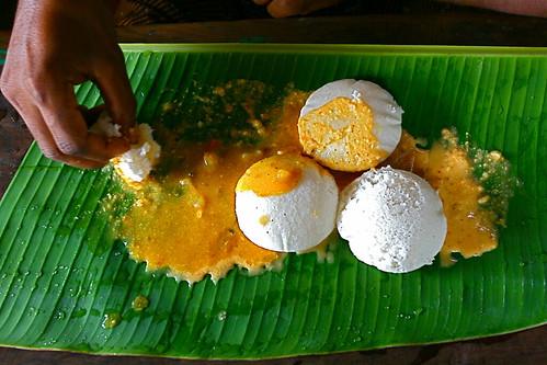 South Indian breakfast by www.AlastairHumphreys.com