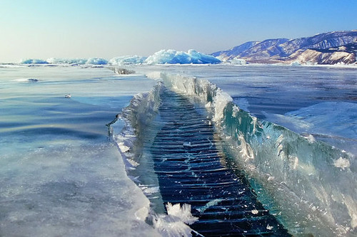 凍ったバイカル湖が凄すぎる : ひろぶろ