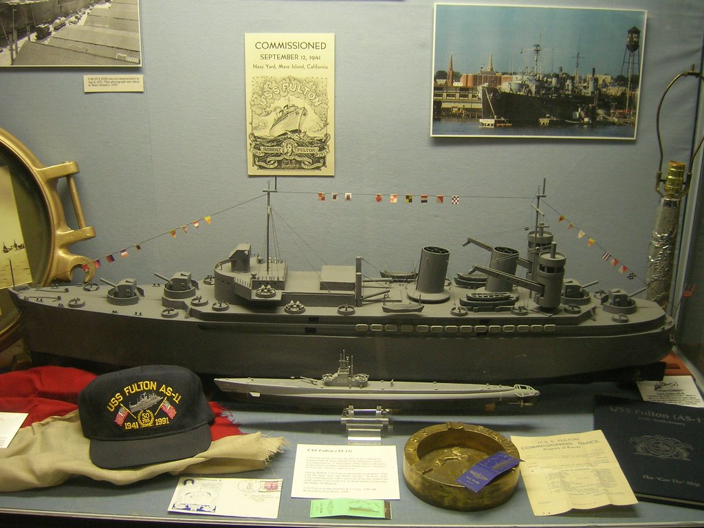 uss fulton (as-11) submarine tender scale model 2 | uss fult