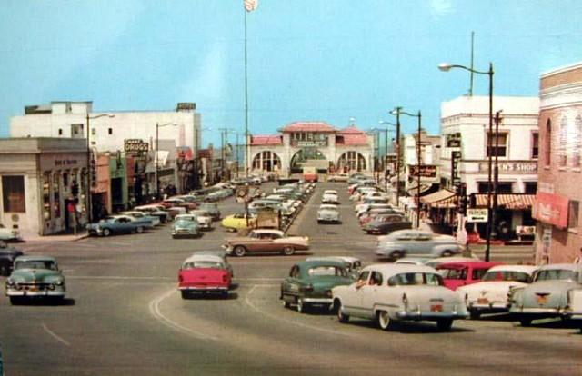 Pier Avenue 1950s  Pier Avenue and Hermosa Avenue