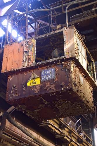 Rotting Crane por Sean  Posey