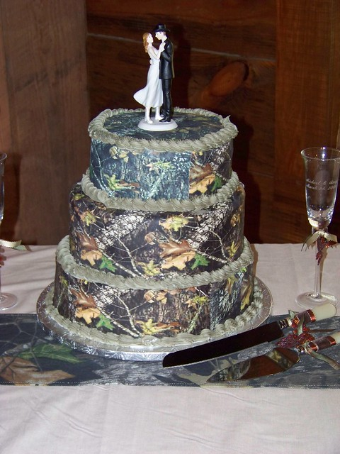 Mossy Oak New Break Out Camo Wedding Cake  Flickr  Photo Sharing