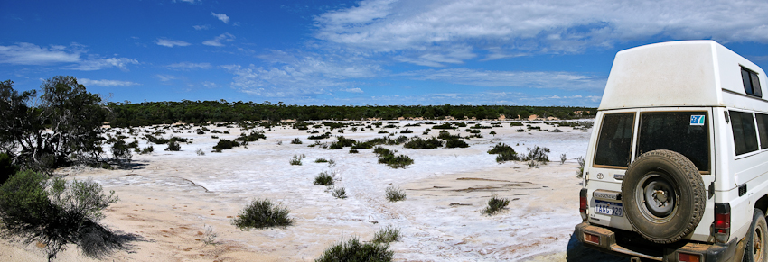 Ein wunderbarer Salzsee auf der Strecke