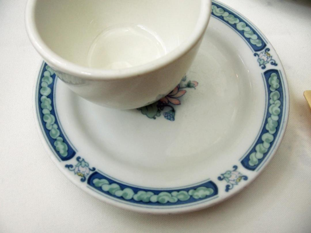 porcelain tea
