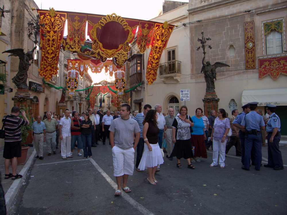 Naxxar: Procession of Marija Bambina